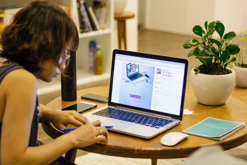 専用プラグインで簡単!ワードプレスで書いた記事やアップロード画像のバックアップ手順を解説